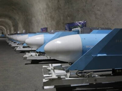 موشکهای کروز و بالستیک در جدیدترین شهر موشکی سپاه رونمایی شد